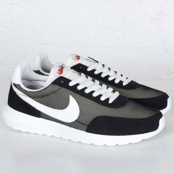 f339019f66eea0 Nike roshe daybreak Nm Shoes Black white